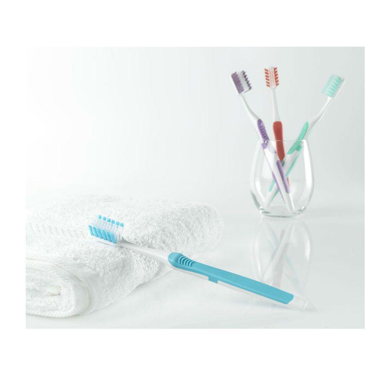 World Wide Daily Better Toothbrush Medium Hardheid